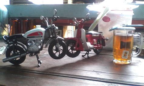 cara membuat mainan motor gp dari barang bekas cara membuat miniatur motor gp dari kaleng bekas