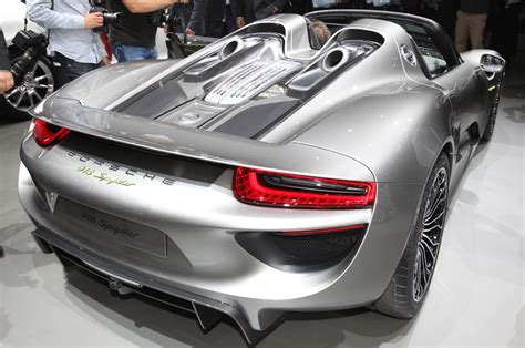 porsche hybrid 918 build a 1 000 000 porsche 918 spyder in official configurator