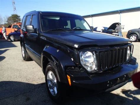 wrecked jeep liberty buy used 2012 jeep liberty sport 4wd salvage damaged