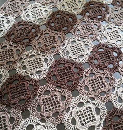 Vintage Crochet Pattern To Make Block Lace Flower crochet tablecloth pattern and how to crochet crochet