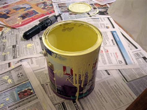 How Many Gallons Of Paint For A Bedroom by How Much Does A Gallon Of Paint Cost Howmuchisit Org