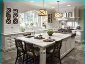 Pictures Of Kitchen Islands With Seating by 17 Best Ideas About Kitchen Islands On Pinterest Kitchen