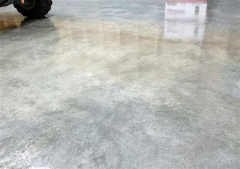 A Top Rated DIY Concrete Floor Sealer for the Garage   All