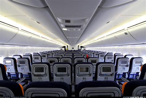 Lufthansa 747 8 Cabin by Viet Aviation Nội Thất Boeing 747 8 Lufthansa Economy Class