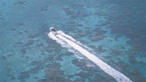 living on a boat in western australia coral coast western australia travel guide temptation