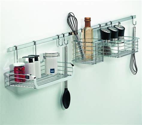 accessori di cucina accessori in cucina oggetti di casa caratteristiche