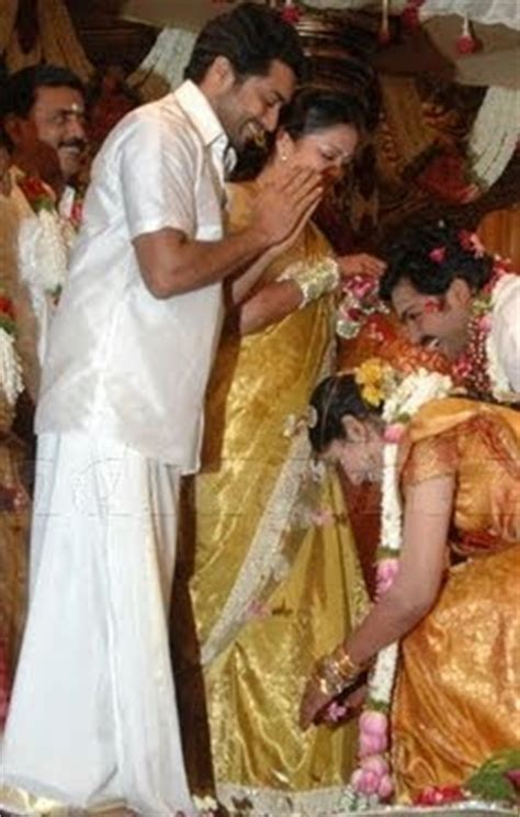 Karthi Ranjani Baby Shower by Cc Karthi And Ranjani Getting Blessings From Surya And