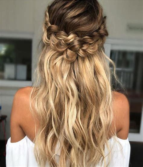 Bridesmaid Hairstyles Curly Hair