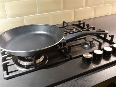 why is a wok better than a pan are ceramic nonstick pans better ceramic coated pans dr