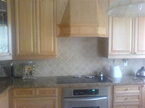 what is a backsplash kitchen backsplash
