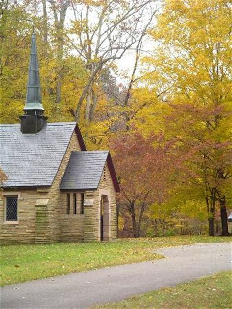 Montgomery Bell State Park Cabin Rentals cabins overlooking the lake picture of montgomery bell