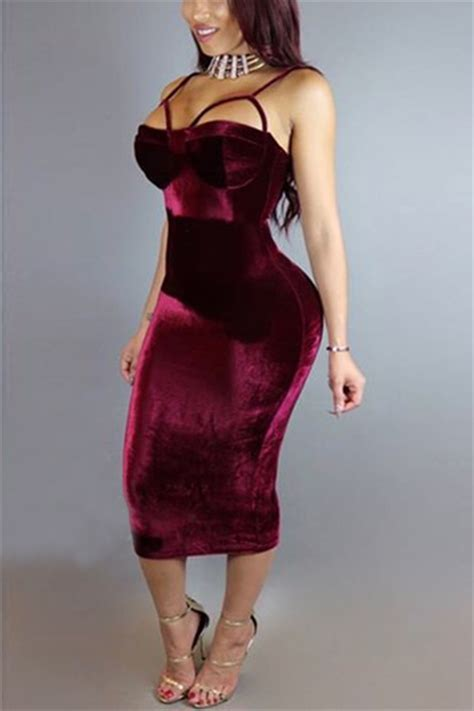 spaghetti straps sleeveless hollow out wine