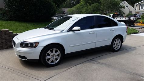 2007 volvo s40 2 4 l 2005 volvo s40 2 4 l new cars used cars car reviews