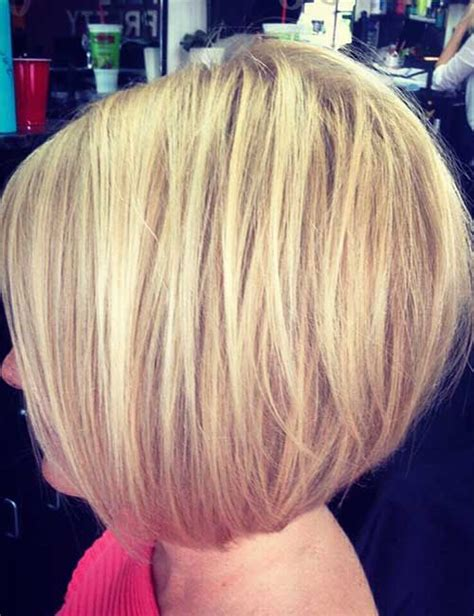 graduated layered blunt cut hairstyle back view of medium bob haircuts hairs picture gallery