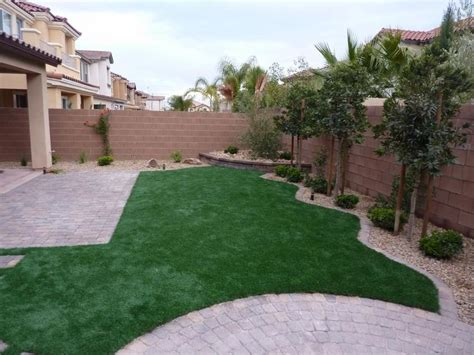 Backyard Landscaping Las Vegas by Best 25 Desert Landscaping Backyard Ideas On