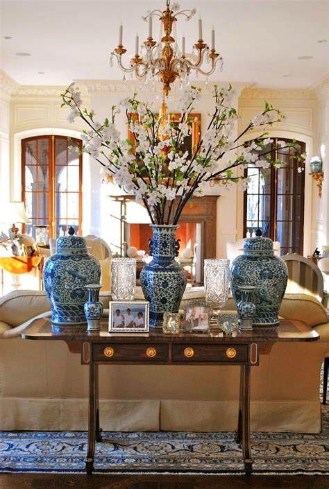 living room centerpieces chinese chinoiserie vase blue and white decorating