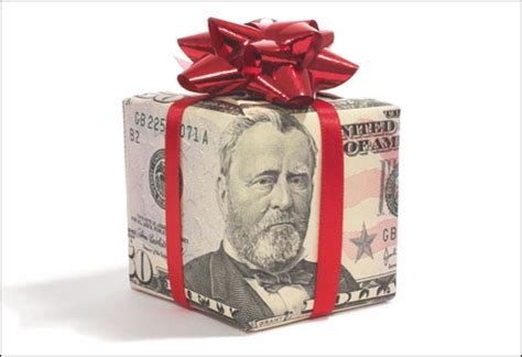 images of christmas money 7 ways to save on christmas gifts from albinophant