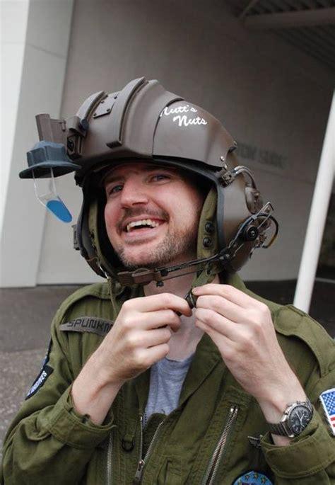 cosplay island view costume pred paul dropship pilot