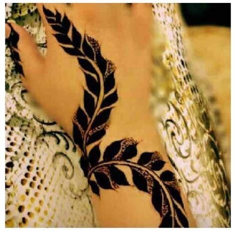 henna design leaves 1000 images about henna art on pinterest henna arabic