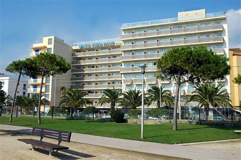 best resort in costa brava h top pineda palace pineda de mar espa 241 a expedia