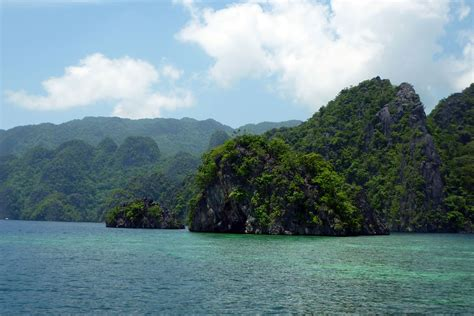 uncharted philippines northern palawan snorkeling expedition busuanga coron   calamian