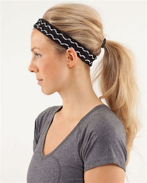 hairstyles with sport headbands 102 best how to keep your hair back images on pinterest