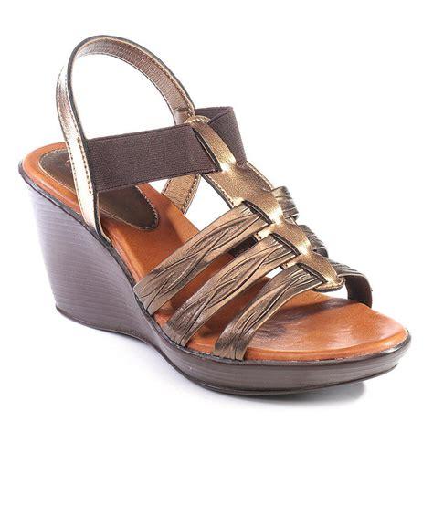 catwalk brown wedges sandals price in india buy catwalk