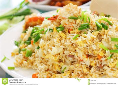 Rice Style vegetarian thai fried rice