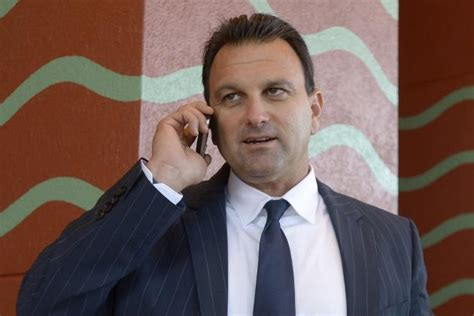 drew rosenhaus house cops reportedly called to drew rosenhaus home after domestic dispute with wife
