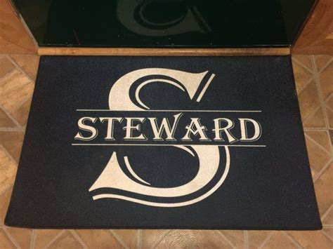 Custom Door Mats by 25 Best Ideas About Custom Door Mats On Diy