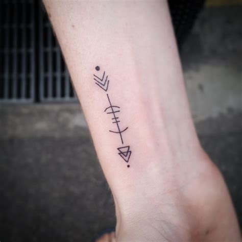 simple wrist tattoos tumblr simple wrist www pixshark images