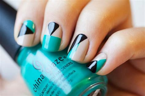 easy nail art designs you can do yourself 22 simple and easy nail art designs you can do yourself