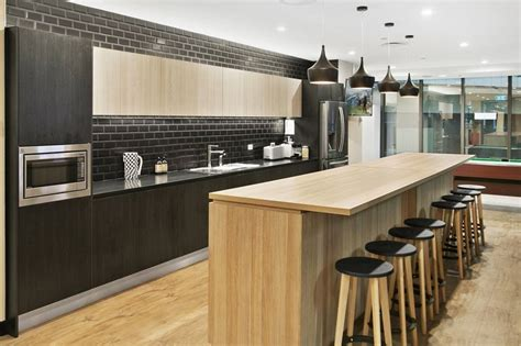 Kitchen Office Design Ideas This Stunning Modern Kitchen Design Is In Polytec Oak And Black Wenge Modern Kitchen