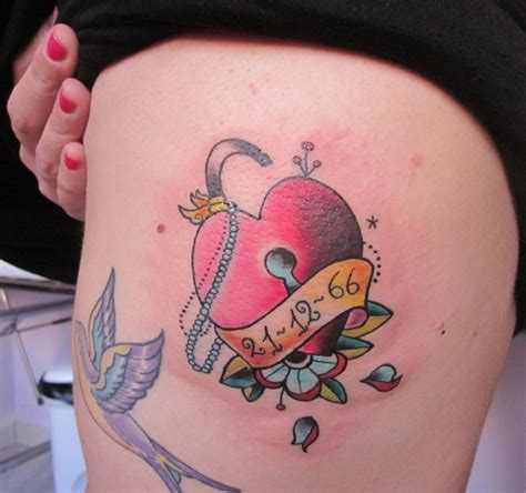 tattoo old school lucchetto tattoo cuore by pin up tattoo studio