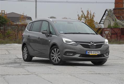 Opel Zafira Minivan W Nowym Wydaniu