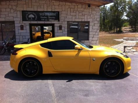 yellow nissan 370z for sale find used 2009 nissan 370z manual sport package chicane