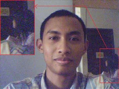 Kisah Serem Ketemu Hantu Di Surabaya gambar foto penakan hantu kuntilanak pocong gambar di