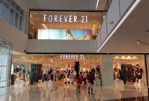 Forever 21 Description by File Forever 21 In Sm Aura Bgc Jpg Wikimedia Commons