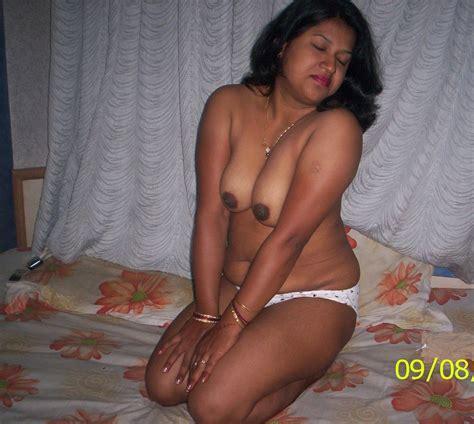 Hot Tamil Bhabhi Nude Photos Nangi Chut Gand Sexy Images