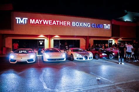 mayweather money cars mayweather boxing club and cars proboxing fans com