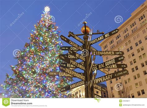 images of portlands xmas trees tree in portland pioneer square stock image image 27876817