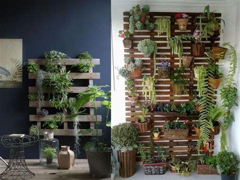 jardines con palets 50 fant 225 sticas ideas de muebles con palets reciclados