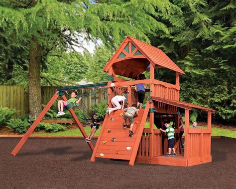 adventure treehouse jumbo 3 backyard