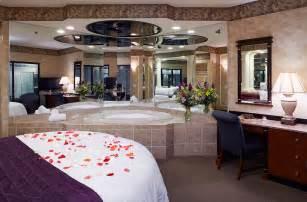 hotels near poconos pa retreat in the pocono mountains cove resorts