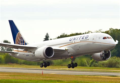 united airlines returns to paine field with new services airways united airlines names first international routes for 787