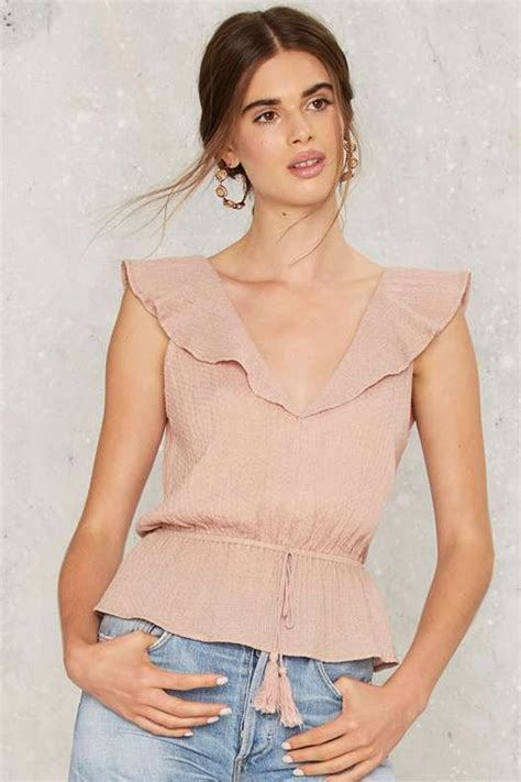 Ruffle 4 Top by 1000 Ideas About Ruffle Blouse On