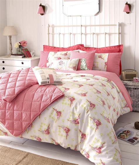 small shabby chic bedroom interior design ideas architecture blog modern design