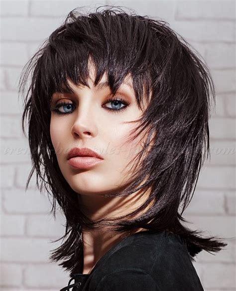 cutting a short shag hairstyle medium length hairstyles clavi cut lob black shaggy