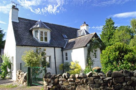 Cottage Loch Ness by Pet Friendly Cottage Loch Ness Self Catering Holidays Scotland