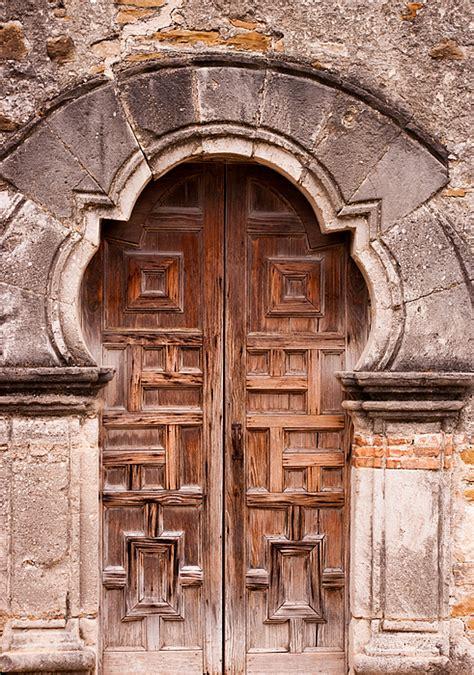 Missions Door by Mission Door By Elva Robinson